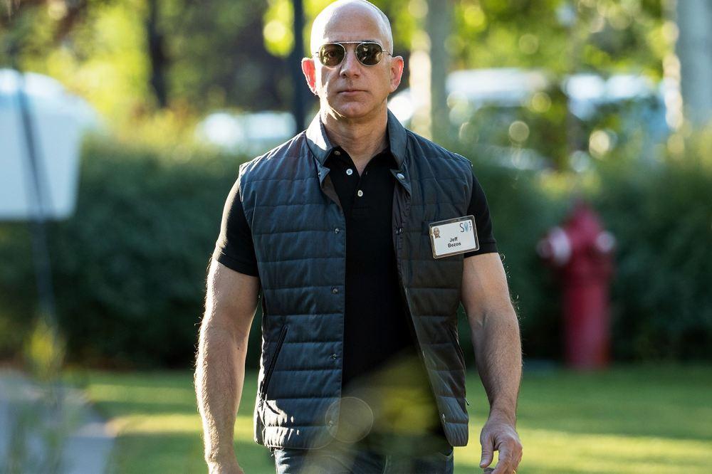 jeff-bezos-amazon-worlds-richest-person-1